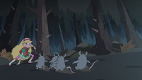 S3E1 Star Butterfly cornering the rats