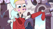 S3E1 Queen Moon ripping Marco's hoodie