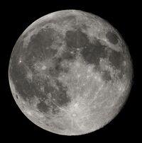 Luna Real1
