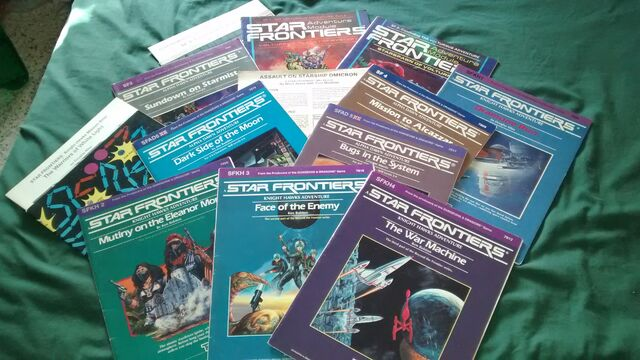 File:Star Frontiers adventure modules 01 by Sings-With-Spirits .jpg