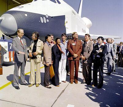 689px-Space shuttle enterprise star trek