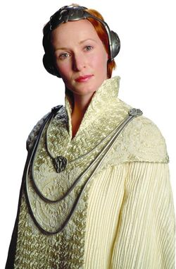 Mon mothma in shimmersilk