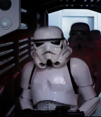 File:StormtrooperCommander-ANH.jpg