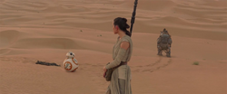 Rey encounters BB-8 Ver2