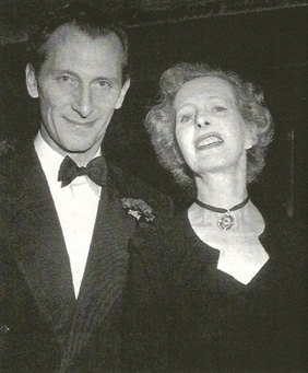 File:Peter and Helen Cushing.jpg
