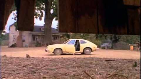 Stephen King's Cujo (1983) Cujo Attacks!