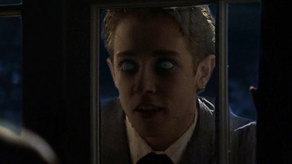 File:Salems-lot-2004-vampire-at-the-window.jpg