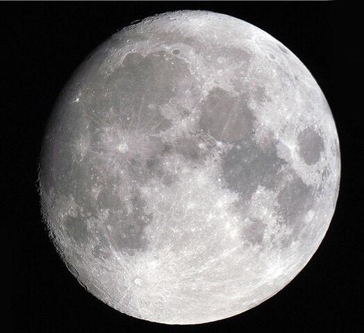 File:Luna moon.jpg