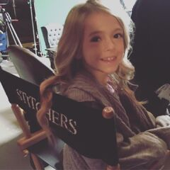 Coco Quinn on set of Season 2 playing a Younger Kirsten.