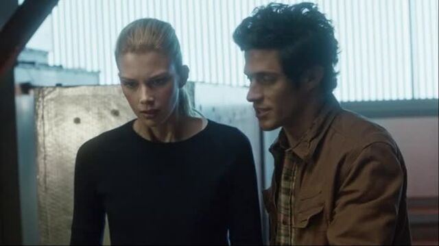 File:Stitchers1.01-00424.jpg