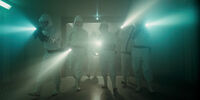 Stranger Things 1x01 – Hawkins Lab Scientists Flashlights