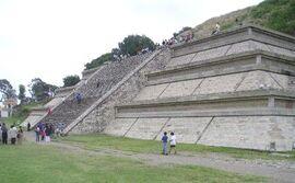 Mexico.Pue.Cholula.Pyramid.01.jpg