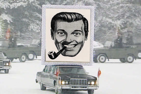 File:Giant Kim Dobbs Portait 1.jpg
