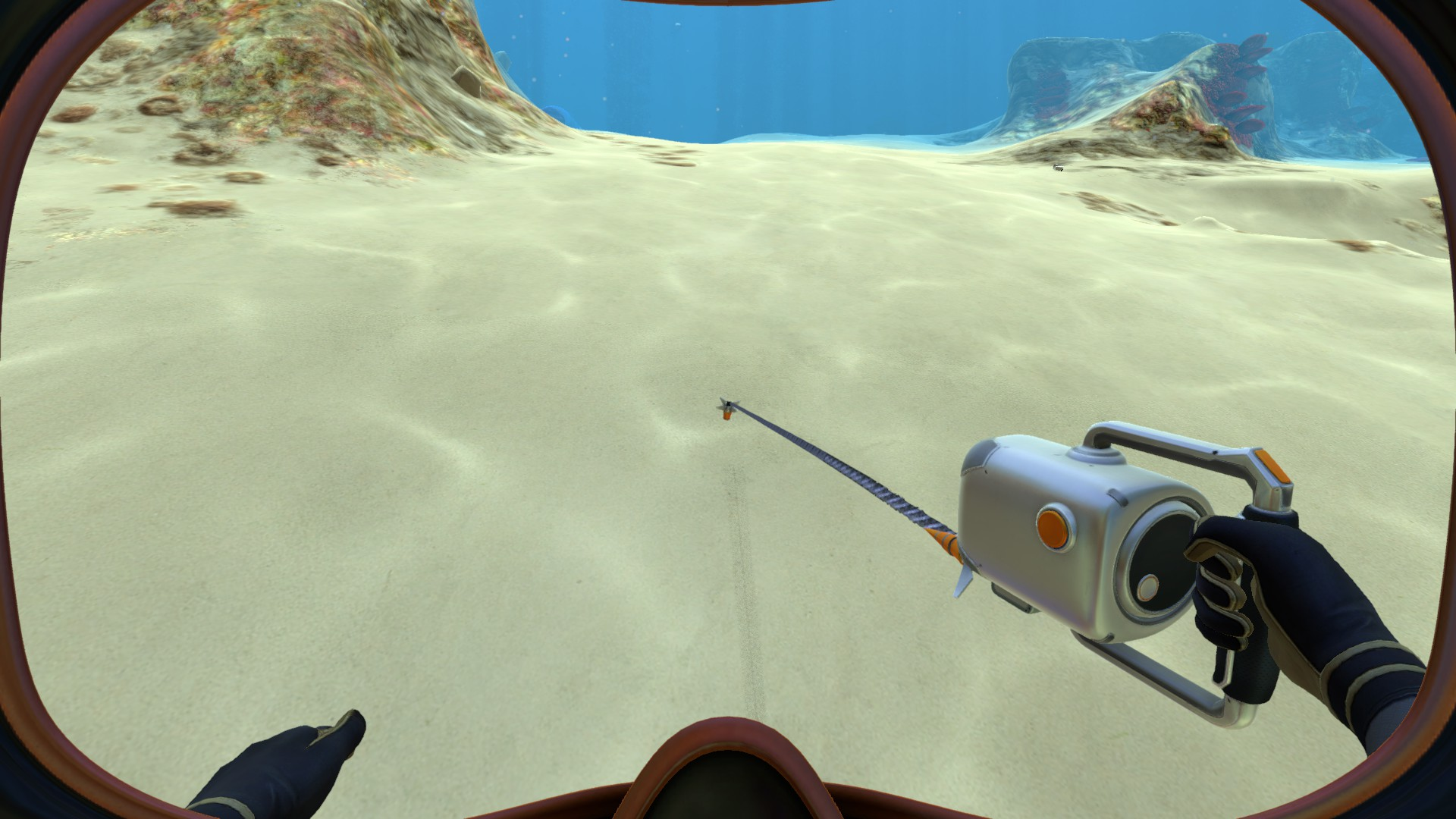 Файл:Dive Reel in the player's hand.jpg
