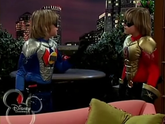 File:The Suite Life of Zack and Cody - S03E04 - Super Twins.avi 001275505.jpg