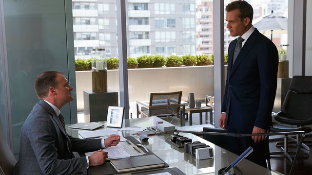 File:Nathan Byrnes & Harvey Specter (6x03 - Back on the Map).jpg