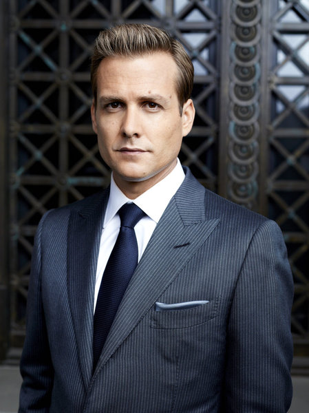 Suits Harvey