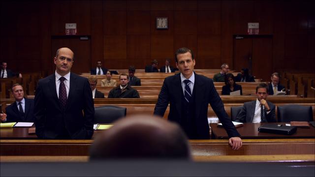 File:S01E01P49 Lawyer Harvey.png