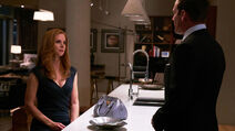 S06E10Promo16 - Donna Harvey