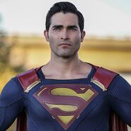 Superman-TylerHoechlin
