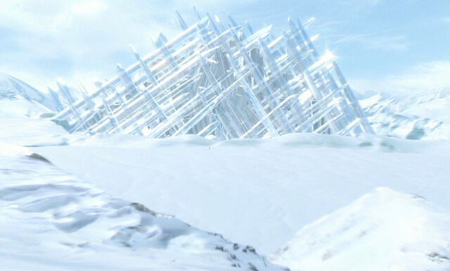 File:Fortress-smallville.jpg