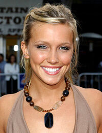 Katie-cassidy-pic.jpg