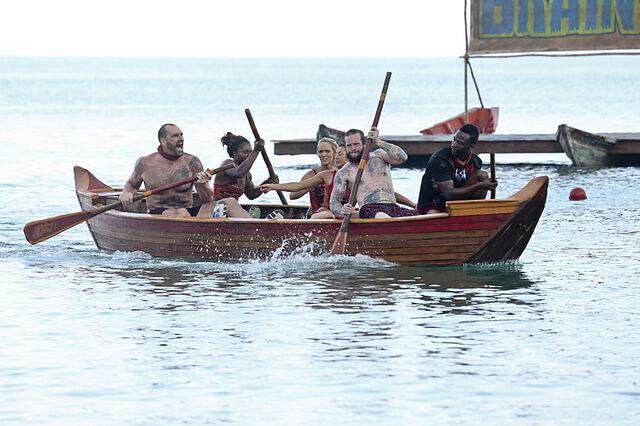 File:To tang kaoh rong wooden ships.jpg