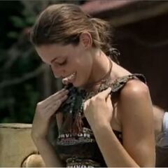 Amanda wins the Final Immunity Challenge.