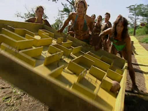 File:Survivor.Vanuatu.s09e01.They.Came.at.Us.With.Spears.DVDrip 351.jpg