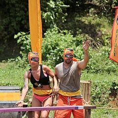 Tony and Lindsey at the first Reward Challenge.