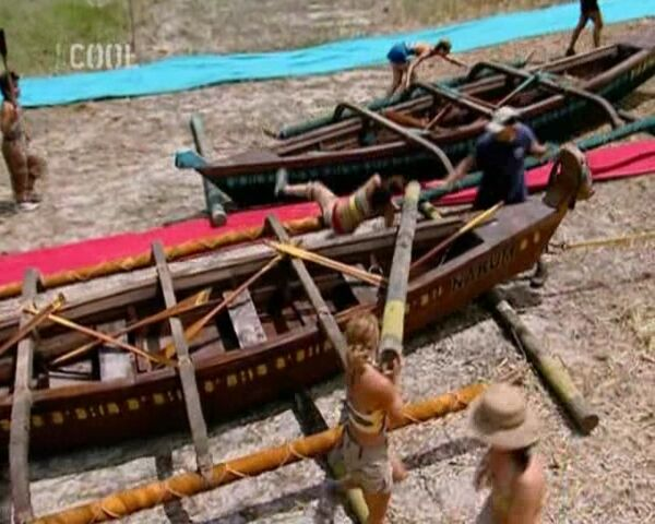 File:Survivor.S11E01.Big.Trek.Big.Trouble.Big.Surprise.DVBS.XviD.CZ-LBD 410.jpg