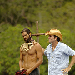 Boo wins the individual immunity.