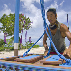 Woo competing in the Immunity Challenge.