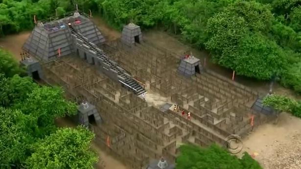 File:Maze redemption island.jpg