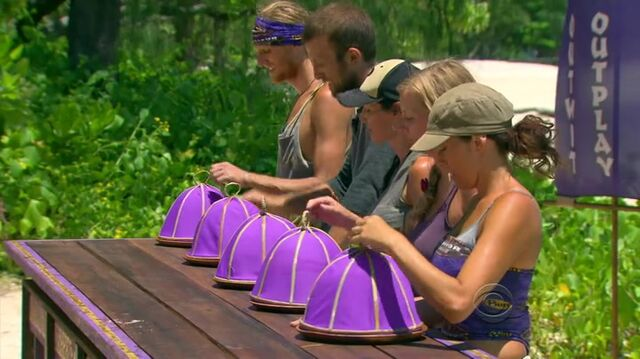 File:Survivor.S27E09.HDTV.x264-2HD 067.jpg