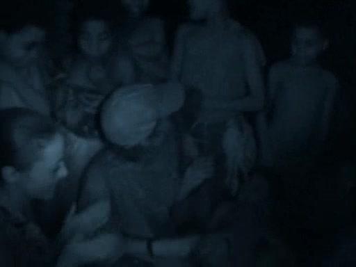 File:Survivor.Vanuatu.s09e10.Culture.Shock.and.Violent.Storms.DVDrip 237.jpg
