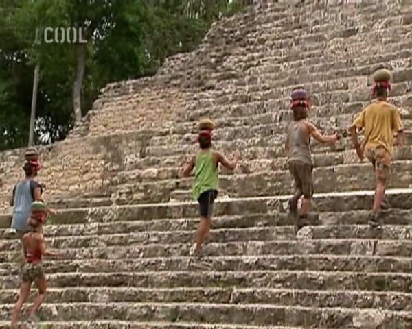 File:Survivor.S11E08.The.Hidden.Immunity.Idol.DVBS.XviD.CZ-LBD 302.jpg