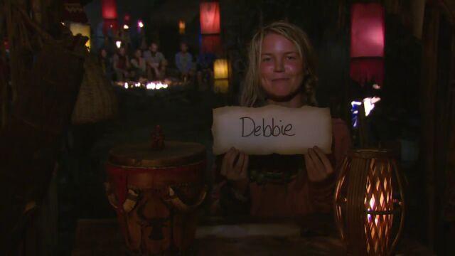 File:Julia votes debbie.jpg