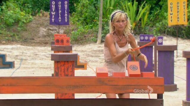 File:Survivor.s27e14.hdtv.x264-2hd 0343.jpg