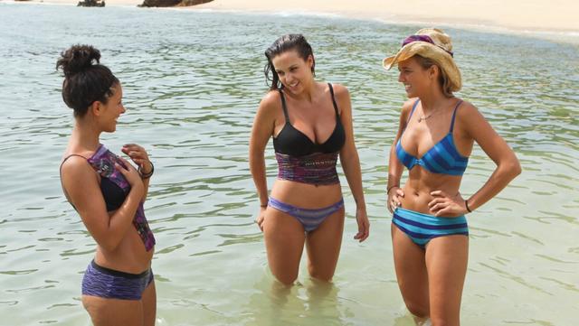 File:3 girls.PNG