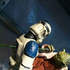 Yoda stabs a clone.