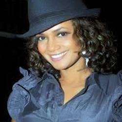 File:SaB Casts Denise.png