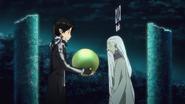 Kirito giving the pearl to Nerakk