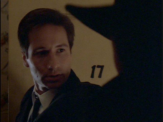 File:17 Mulder X-Files.jpg