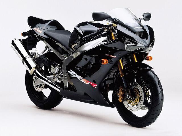 File:Kawasaki ZX6R Black.jpg