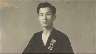 LeeKyoYoon