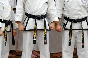 File:Rhee TKD Black Belts.jpg
