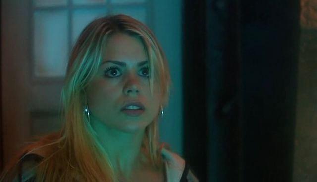 File:Rose in TARDIS.jpg