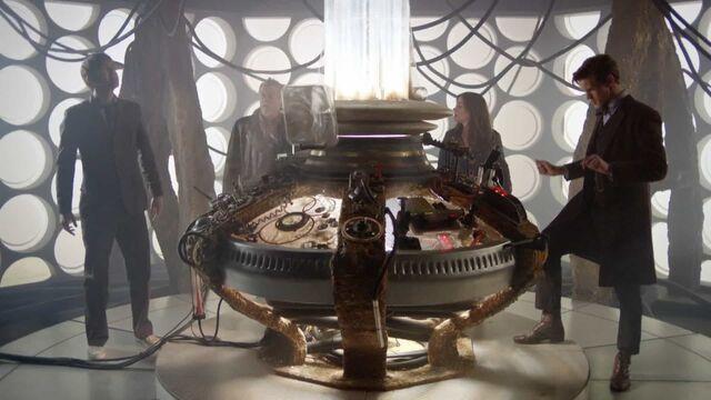 File:The War Doctor's TARDIS.jpg