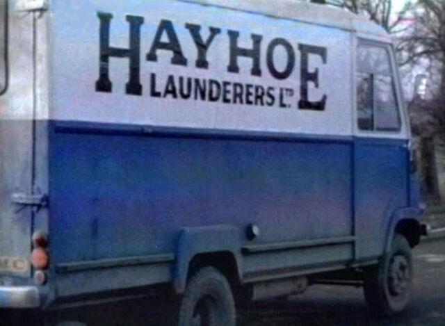 File:HayhoeLaunderers.jpg